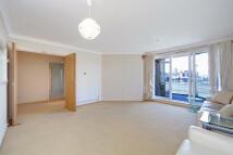 2 bedroom Flat in Mendip Court...