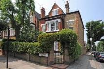 6 bed property in Westover Road...