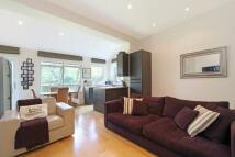 2 bedroom Flat in Spencer Road, Wandsworth...