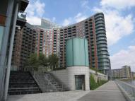 3 bedroom Apartment in Fairmont Avenue, London...