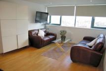 2 bed Flat in East India Dock Road...