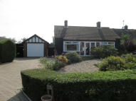 3 bed Bungalow for sale in Mendlesham, IP14