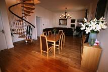Apartment to rent in 16 Union Road, Camelon...