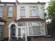 Flat to rent in B Lorne Road...