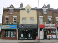 Flat to rent in Hoe Street, Walthamstow...