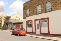 Flat to rent in Hollybush Lodge Grange...