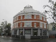 Flat to rent in Markhouse Road...