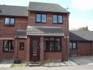 3 bedroom semi detached property to rent in Calfe Fen Close, Soham...