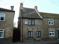 High Street End of Terrace property to rent
