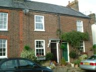 Terraced property to rent in GADDESDEN ROW - Bradden...