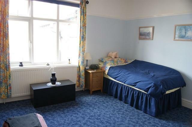 Bedroom 1 Picture 1