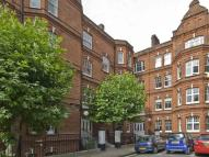 2 bedroom Flat to rent in Wellington Mansions ...