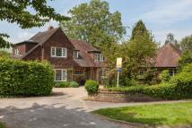 5 bed Detached property in The Street, Effingham...