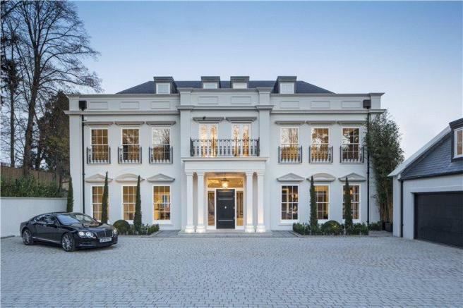 6 bedroom detached house for sale in queens drive oxshott surrey kt22 kt22