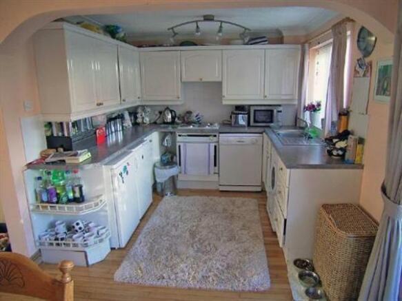 Kitchen(open plan to