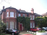 Studio flat to rent in Tilehurst Road, Reading...