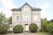 2 bedroom Flat in The Mount, Newtown Road...
