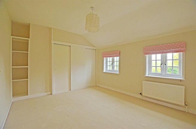 spot bedroom 3.jpg