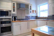 3 bed Flat in Marjorie Grove, London...