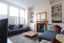 4 bed property in Fernside Road, London...