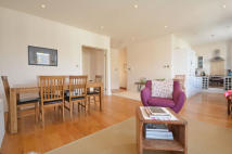 3 bedroom Flat to rent in BROOMWOOD ROAD, London...