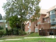 2 bed Flat in GREYSTONES DRIVE...