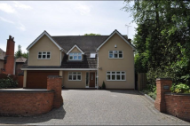 5 bed Detached property in Linthurst Newtown...