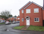 1 bedroom Ground Flat to rent in Rock Hill, Bromsgrove...