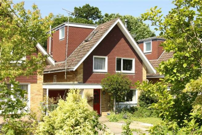 5 Bedroom Detached House For Sale In Wey Lodge Close Liphook