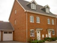 3 bed Town House to rent in GRAYLINGWELL DRIVE...