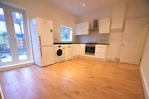 2 bedroom Terraced property to rent in Aldren Road, London, SW17