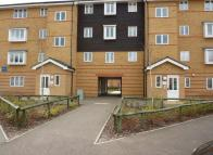 Stanley Close Flat to rent