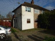 Maisonette to rent in Lingfield Crescent...
