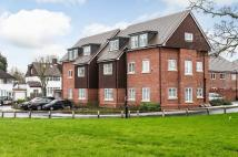 Flat to rent in Oaktree Gardens...