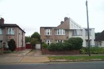 4 bedroom semi detached house in Hurst Road, Sidcup