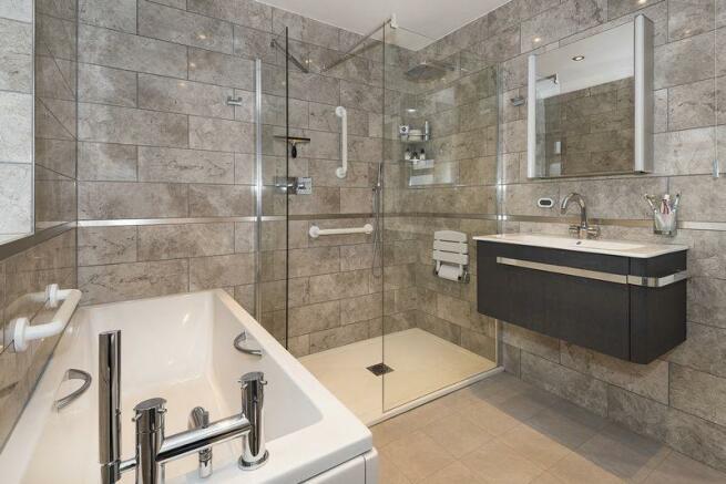 Bathroom shot 1