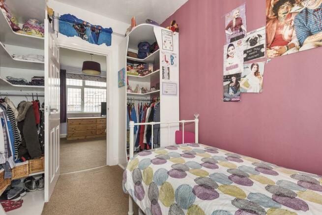 Bedroom 4 angle 2