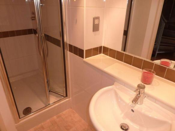 shower room (a...