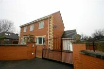 5 bed Detached property to rent in Henconner Road...