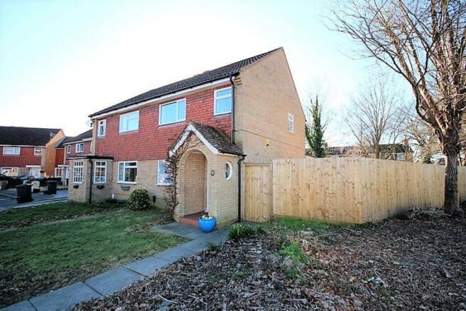 3 Bedroom Semi Detached House For Sale In Barrow Way Strouden