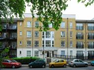 2 bedroom Flat to rent in St. Georges Way, London...