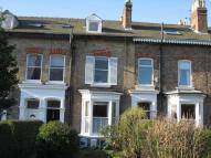 Flat to rent in WIGGINTON ROAD