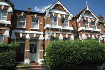 4 bedroom house in Homecroft Road, Sydenham...