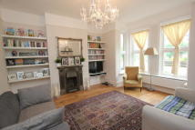 3 bedroom home in Woolstone Road, London...