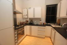 3 bed Flat in Woolstone Road...