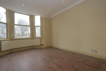 Flat to rent in St. Johns Road, Penge...