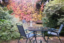 3 bedroom home to rent in Ridgewell Close, London...