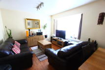 Flat to rent in Lawrie Park Gardens...