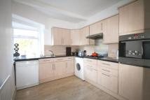 Flat to rent in LANGDON ROAD, BROMLEY...