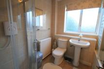 3 bed house in STAMFORD DRIVE, BROMLEY...